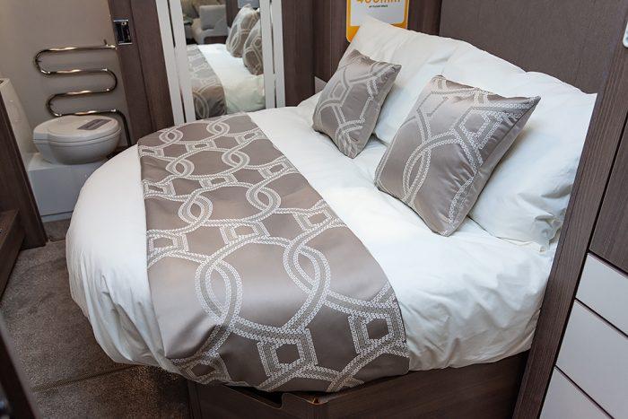 Jonic 2020 Compass Artemis Scheme Island Bed Best Caravan Bedding Motorhome Boat Mattress Mattresses UK Made